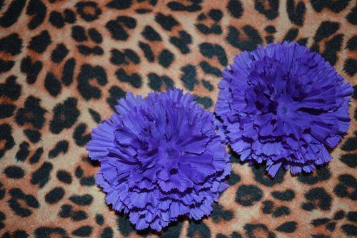 00 flower clips